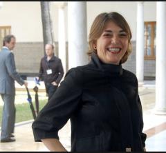 freut sich diebisch, Elena Cortéz
